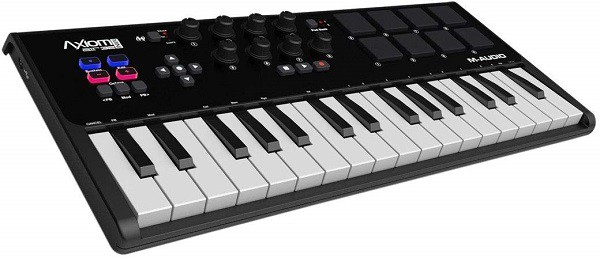 M-Audio Axiom AIR Mini Portable 32 Keys MIDI Keyboard Controller with Eight Trigger Pads